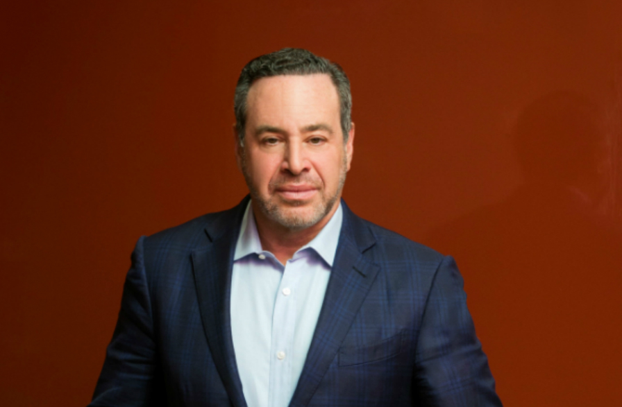 Writers' Week_David Frum_ credit Michael Bennett Kress_Corruption of American Leadership.jpg